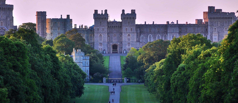 Lâu đài Windsor - Chốn đi về quen thuộc của Hoàng gia Anh